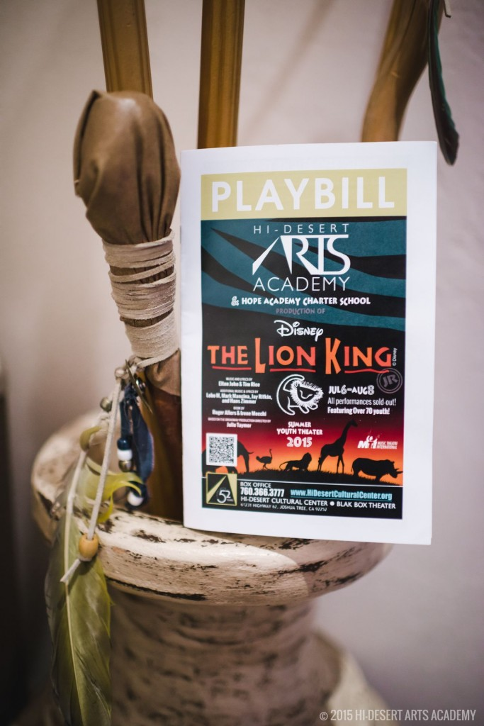 HDAA The Lion King 2015 - Behind The Scenesl06
