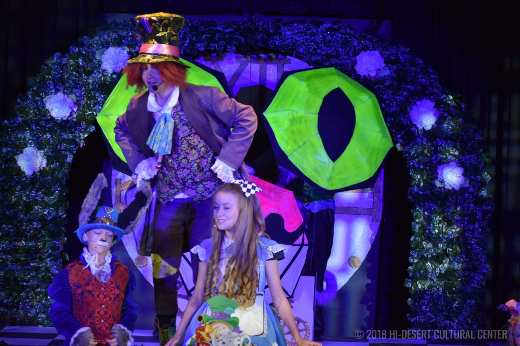 HDCC Alice In Wonderland 135