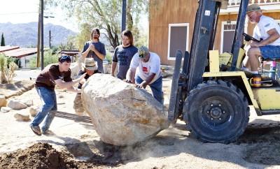 HDCC Garden Rocks PRESS PIC