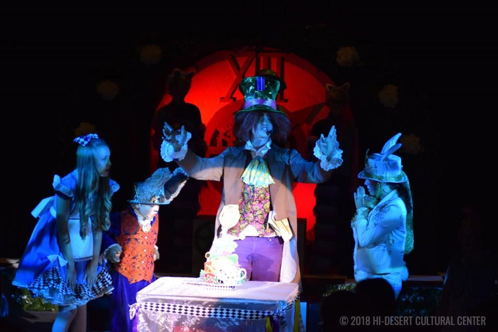 HDCC Alice In Wonderland 125