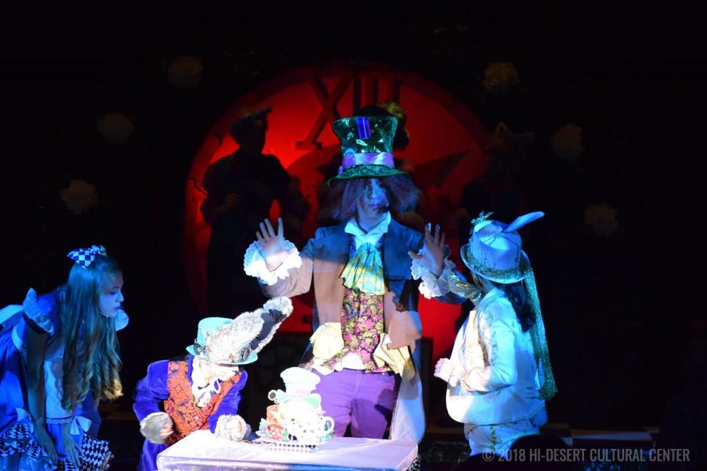 HDCC Alice In Wonderland 128