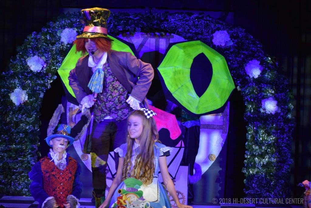 HDCC Alice In Wonderland 135