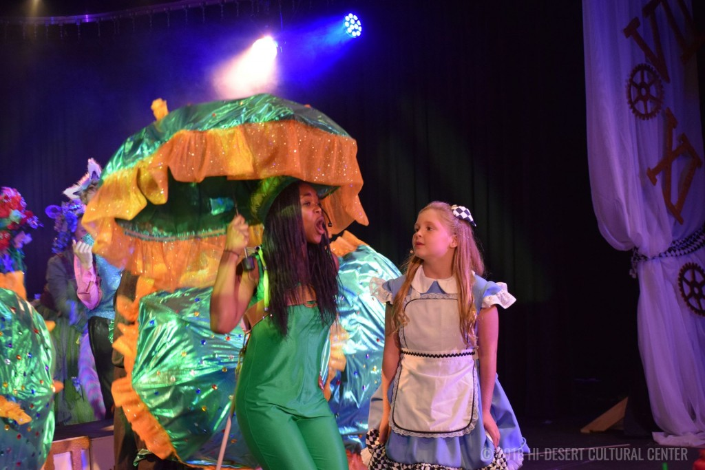 HDCC Alice In Wonderland 200