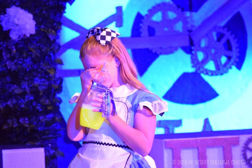 HDCC Alice In Wonderland 213