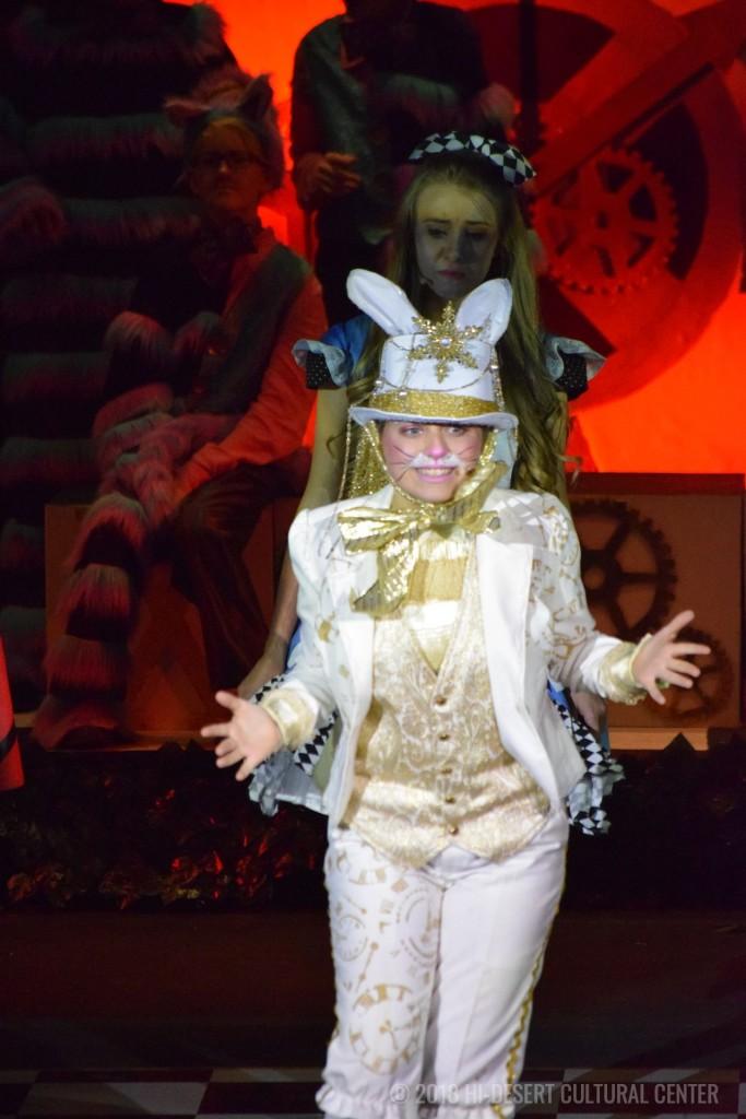 HDCC Alice In Wonderland 28