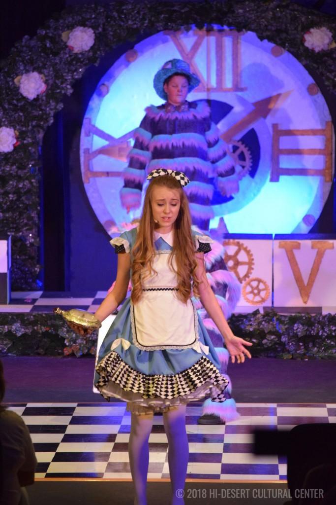 HDCC Alice In Wonderland 35