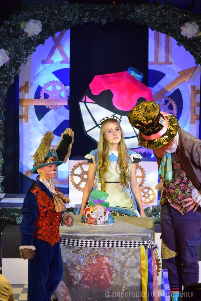HDCC Alice In Wonderland 38